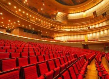Teatro: protezione parti in legno